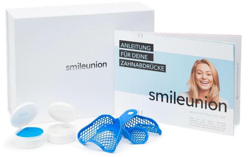Eine Zahnabdruckbox von smileunion zur Ermittlung von Zahnfehlstellungen und eines Behandlungsplans